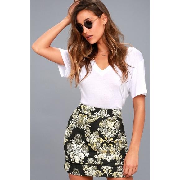 Lulu's Dresses & Skirts - DIONE GOLD AND BLACK BROCADE MINI SKIRT